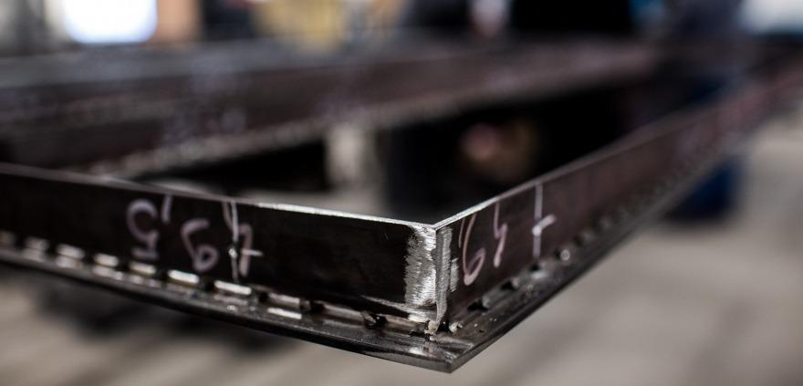 Profil en acier à rupture de pont thermique