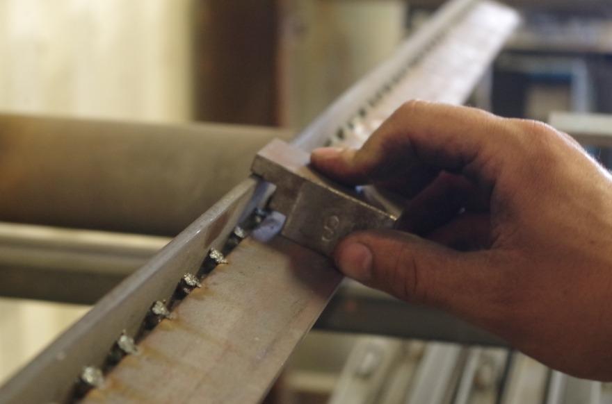 Contrôle qualité profil en acier